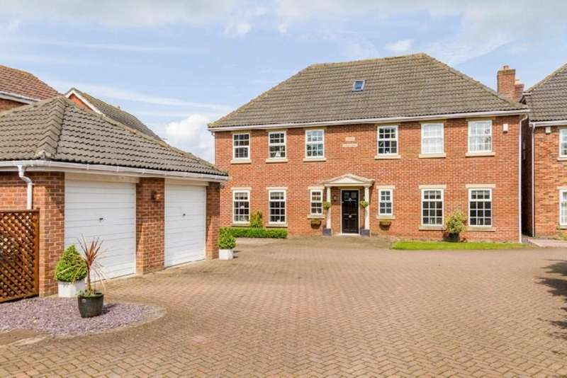 6 Bedrooms Detached House for sale in Newark Road, North Hykeham, Lincoln