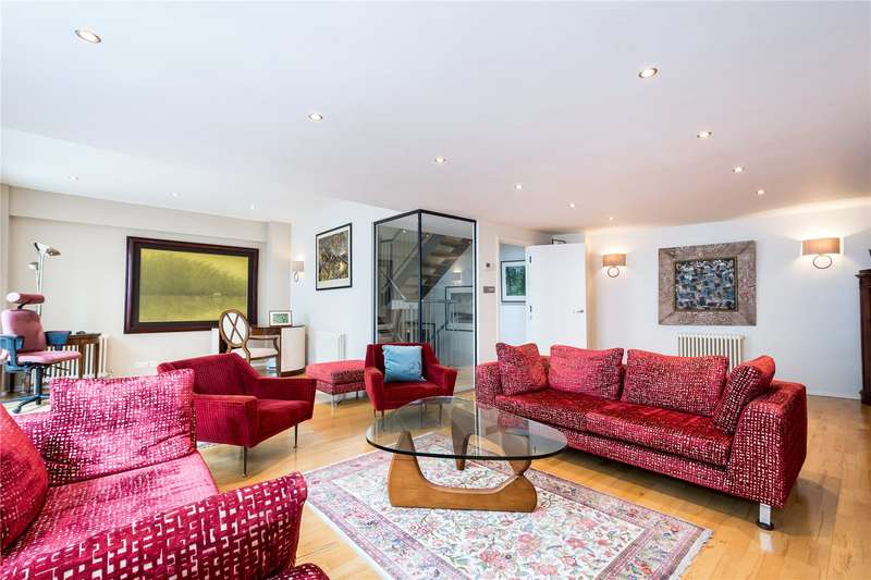 3 Bedrooms Flat for sale in Enclave Court, 2 Dallington Street, London, EC1V