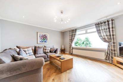 5 Bedrooms Detached House for sale in Turnberry Avenue, Gourock