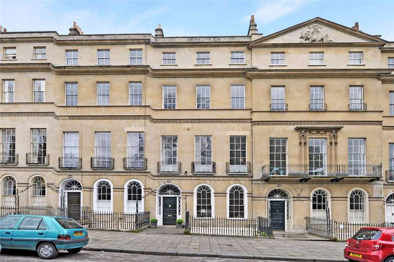 3 Bedrooms Flat for sale in Sydney Place, Bath, BA2