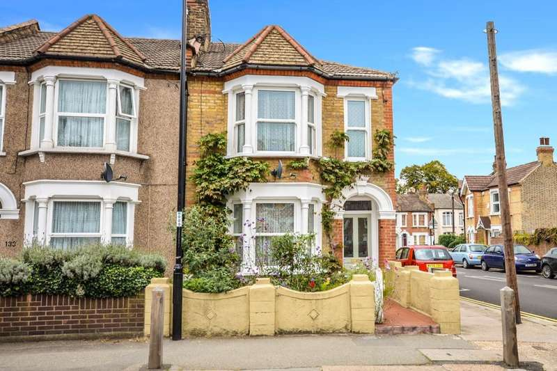 3 Bedrooms Semi Detached House for sale in Leahurst Road, London, SE13