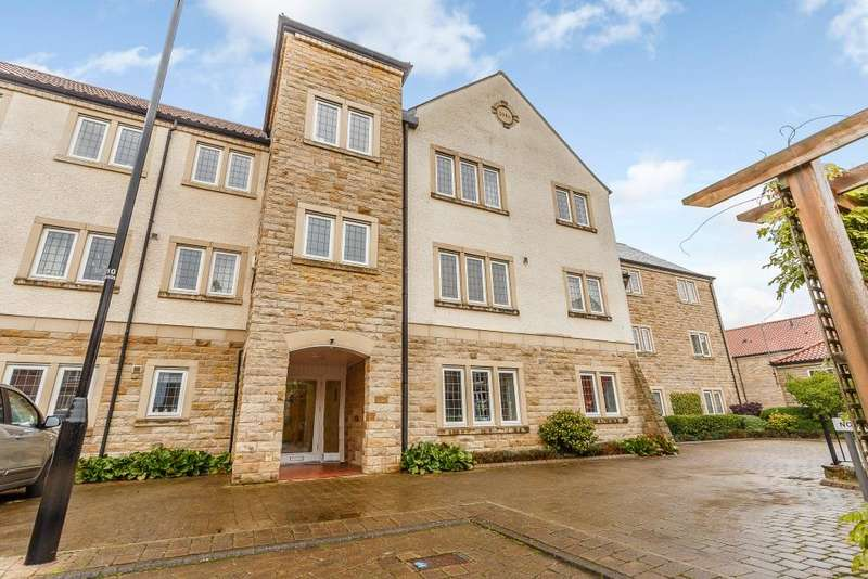 2 Bedrooms Ground Flat for sale in Micklethwaite Grove, Wetherby, LS22 5LA