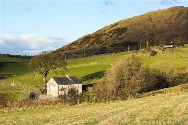3 Bedrooms Cottage House for sale in Grizebeck, Grizebeck, Kirkby-in-Furness, Cumbria