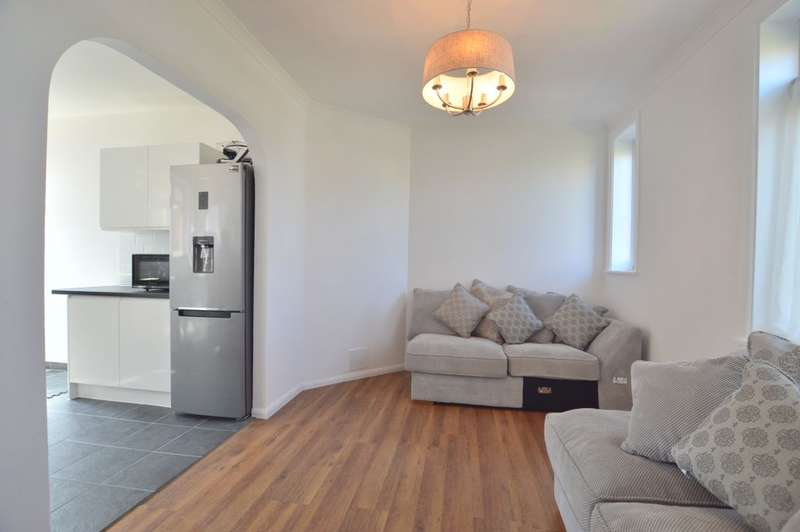 3 Bedrooms Semi Detached House for sale in Randlesdown Road, Catford, SE6