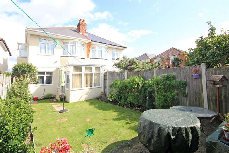 3 Bedrooms Semi Detached House for sale in Fenton Road, Southbourne, Bournemouth