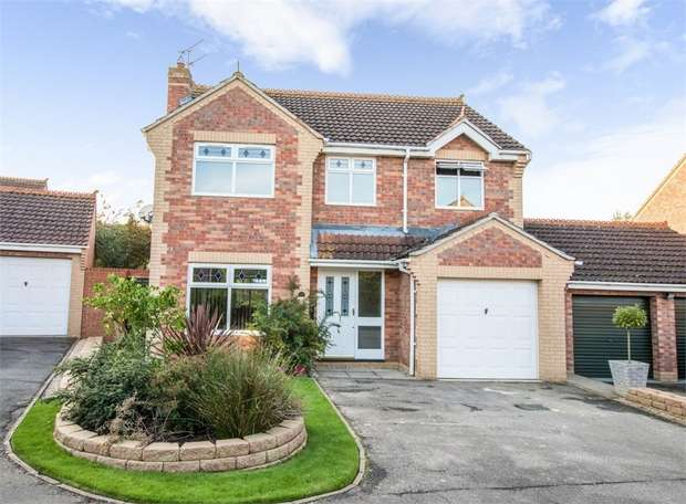 4 Bedrooms Detached House for sale in Henley Way, Ely, Cambridgeshire