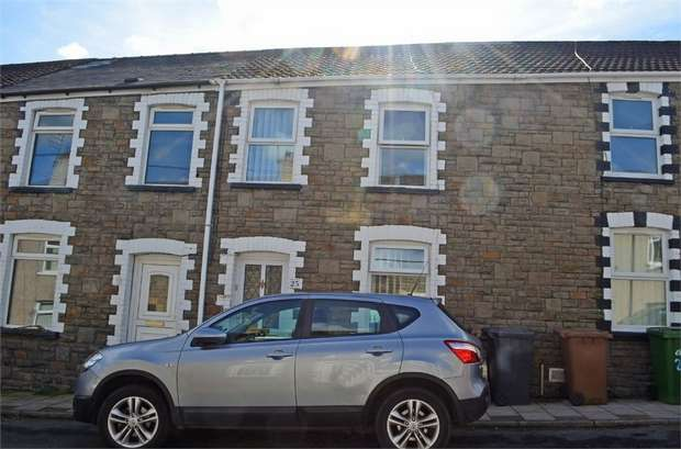 3 Bedrooms Terraced House for sale in Blaen Blodau Street, Newbridge, Newport, Caerphilly