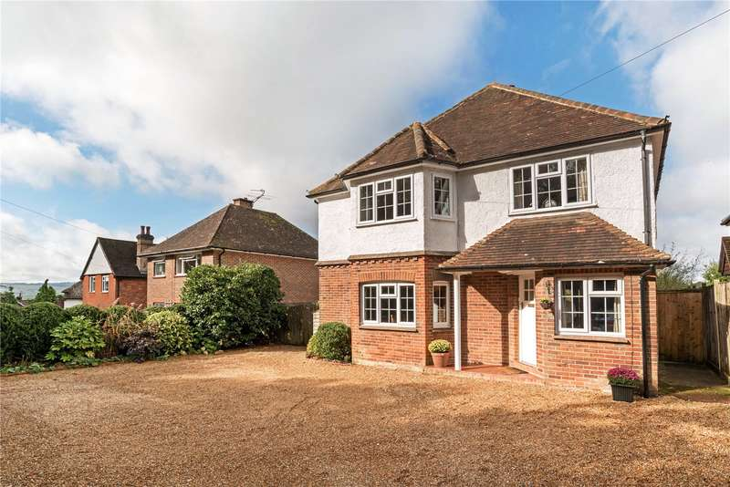 4 Bedrooms Detached House for sale in Haslemere Road, Fernhurst, Haslemere, West Sussex, GU27