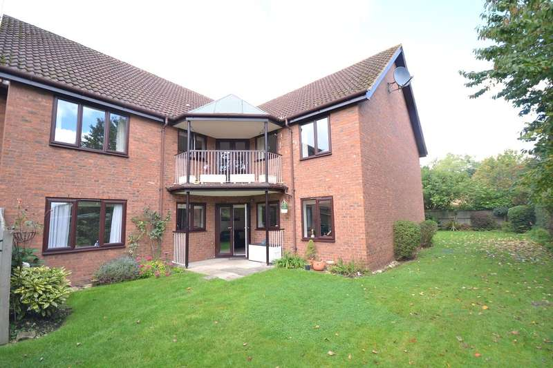 1 Bedroom Retirement Property for sale in Emmer Green