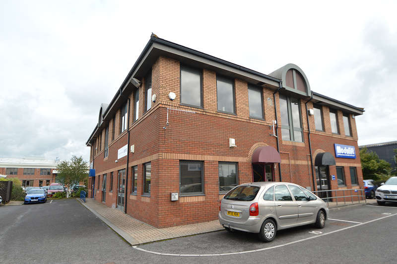 Office Commercial for rent in First Floor, 10 New Fields Business Park, Stinsford Road, Poole, BH17 0NF
