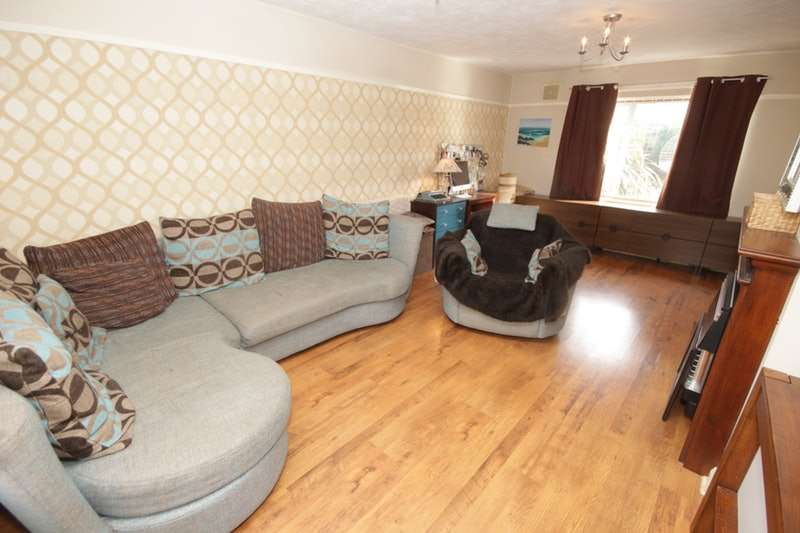 3 Bedrooms End Of Terrace House for sale in Wilmslow Drive, Ellesmere Port, Cheshire, CH66