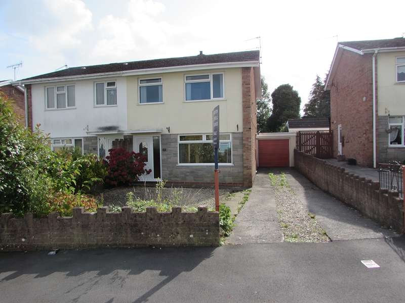 3 Bedrooms Semi Detached House for sale in Cefn Nant , Pencoed, Bridgend. CF35 6JE
