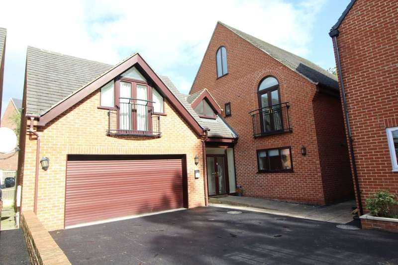 5 Bedrooms Detached House for sale in Middleton Avenue, Littleover, Derby, DE23