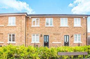 3 Bedrooms Terraced House for sale in Holters Mill, The Spires, Canterbury, Kent