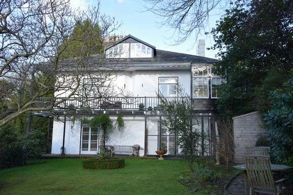 2 Bedrooms Flat for sale in Station Road, Sidmouth