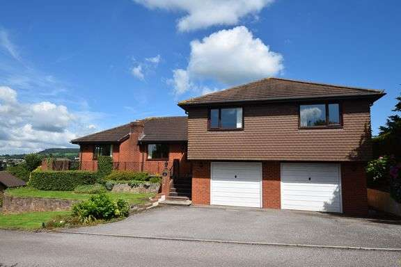4 Bedrooms Detached House for sale in Clevedon Park, Sidmouth