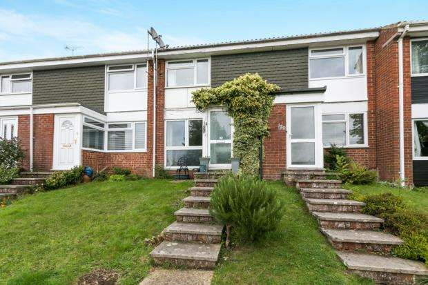 2 Bedrooms Terraced House for sale in Alton, Hampshire