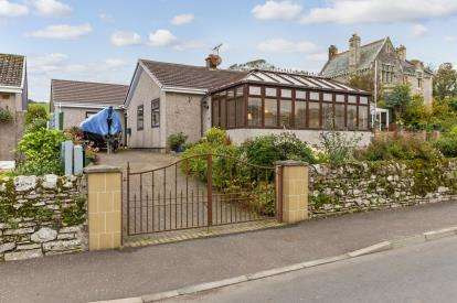 4 Bedrooms Bungalow for sale in Bute Terrace, Millport