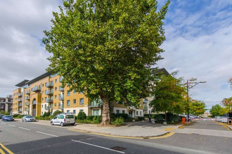2 Bedrooms Flat for sale in Argyll Road, Woolwich, SE18