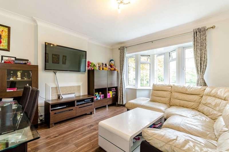 2 Bedrooms Flat for sale in Lower Ham Road, Kingston, KT2