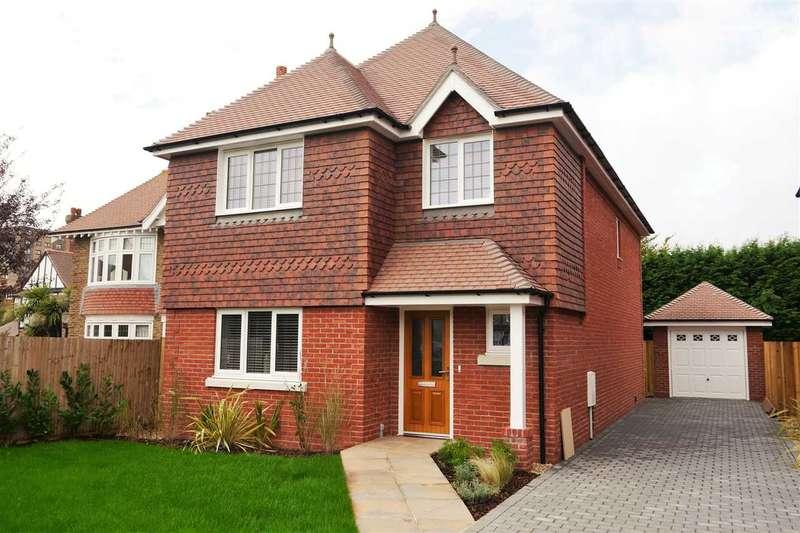 4 Bedrooms Detached House for sale in St Winefrides Road, Plot A, Littlehampton