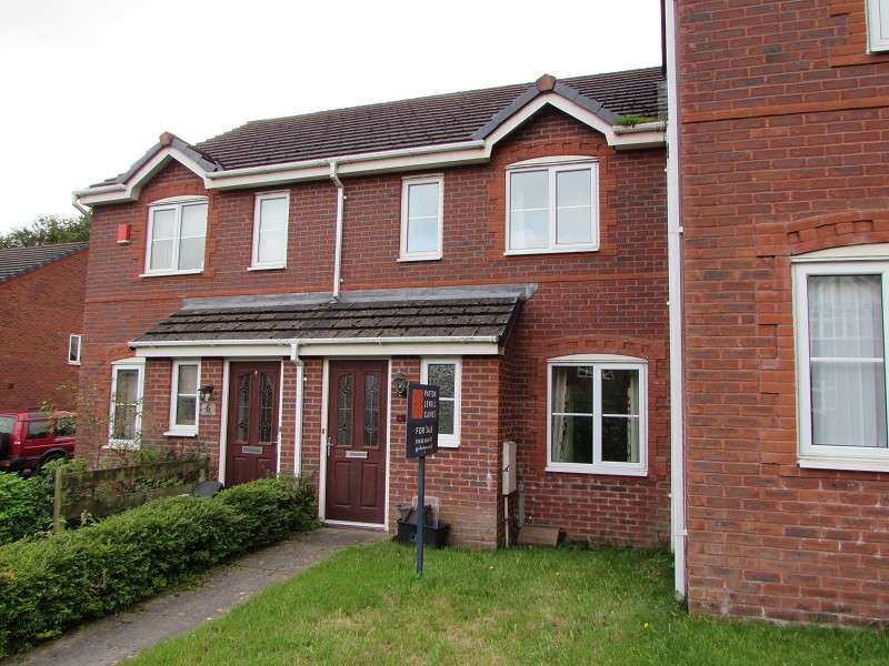 3 Bedrooms Terraced House for sale in 7 Tent Vale, Pencoed, Bridgend. CF35 6LR