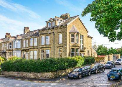 5 Bedrooms End Of Terrace House for sale in Slyne Road, Lancaster, LA1