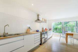 3 Bedrooms Semi Detached House for sale in High Street, Blackboys, Uckfield, East Sussex