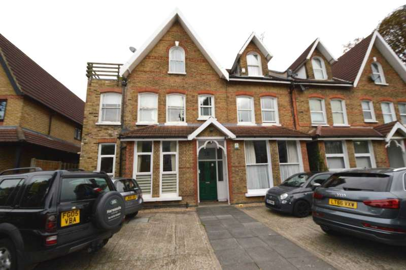 2 Bedrooms Flat for sale in Torrington Park, London