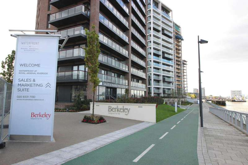 1 Bedroom Apartment Flat for sale in Waterfront ll, Royal Arsenal Riverside, SE18 6FL