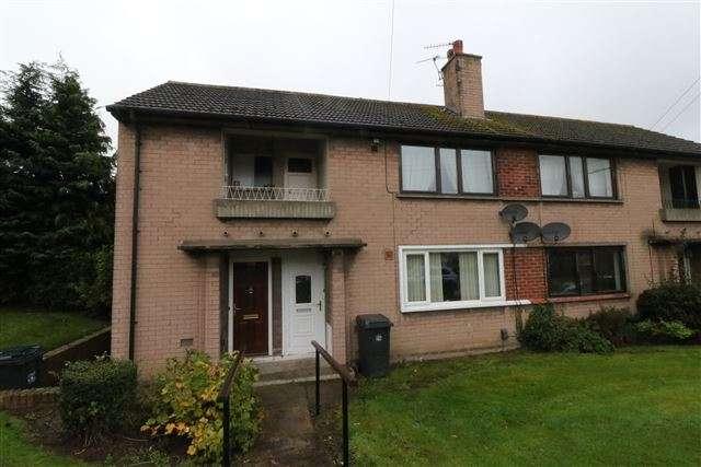 1 Bedroom Flat for sale in Stonegarth, Carlisle, Cumbria, CA2 6PL