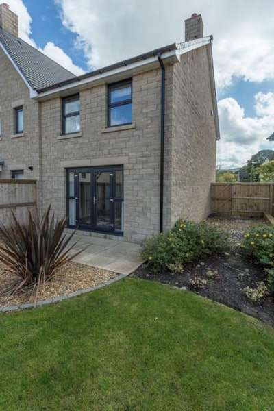 3 Bedrooms Semi Detached House for sale in Orchid Drive, Chapel en le Frith, Derbyshire, sk23