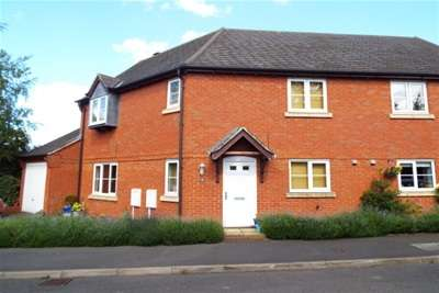 3 Bedrooms House for rent in 12 Bowling Green Road, Uttoxeter