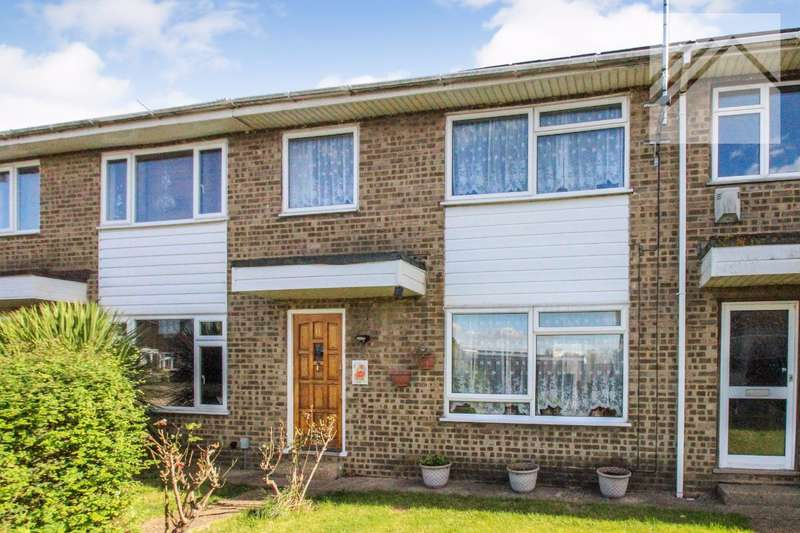 3 Bedrooms Terraced House for sale in Lakeview, Canvey Island - BEAUTIFUL SPOT