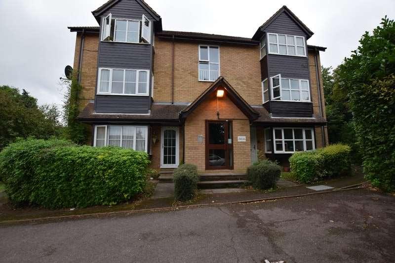 Studio Flat for sale in Corris Green, London, London, NW9