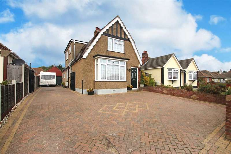4 Bedrooms Detached House for sale in St. Johns Road, Clacton-On-Sea