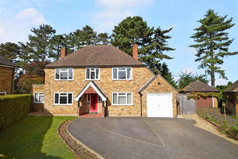 4 Bedrooms Detached House for sale in Bredward Close, Burnham, SL1