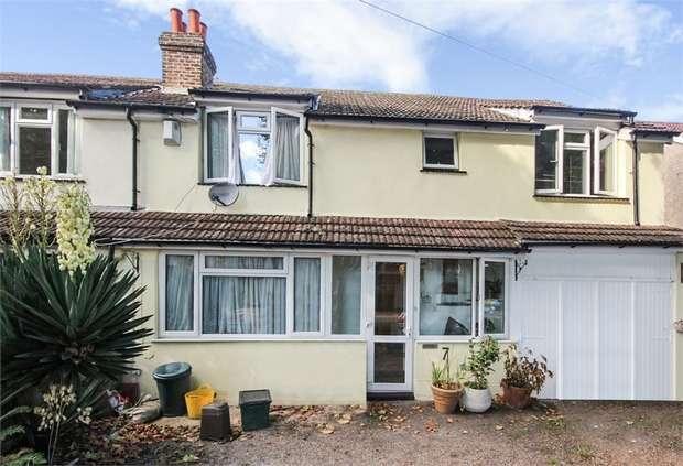 3 Bedrooms Semi Detached House for sale in Colston Avenue, Carshalton, Surrey