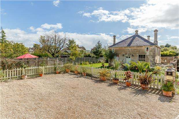 3 Bedrooms Detached House for sale in Rose Terrace, Combe Down, BATH, Somerset, BA2 5EW