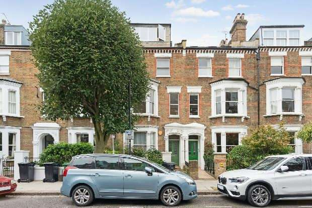 2 Bedrooms Flat for sale in Estelle Road, South End Green, NW3