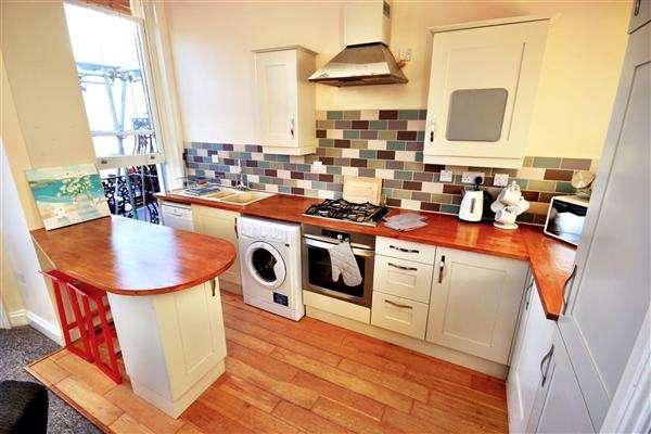 2 Bedrooms Apartment Flat for rent in Upper Rock Gardens, Brighton