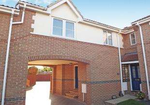 1 Bedroom Terraced House for sale in Shorefields, Rainham, Gillingham, Kent
