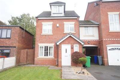 4 Bedrooms Town House for rent in Chelsfield Grove, Chorlton M21 7SU