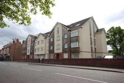 2 Bedrooms Flat for rent in Park View, New Chester Road, New Ferry