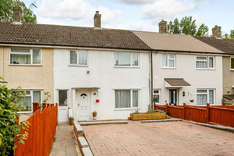 3 Bedrooms Terraced House for sale in Holly Leys, Stevenage, Herts, SG2 8JA