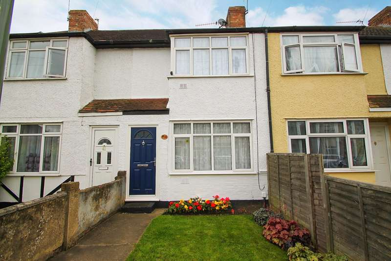 2 Bedrooms Terraced House for sale in Ravensbourne Avenue, Stanwell, TW19