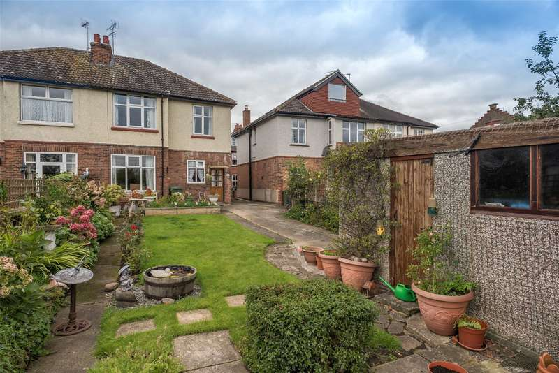 3 Bedrooms Semi Detached House for sale in Albemarle Road, York, YO23