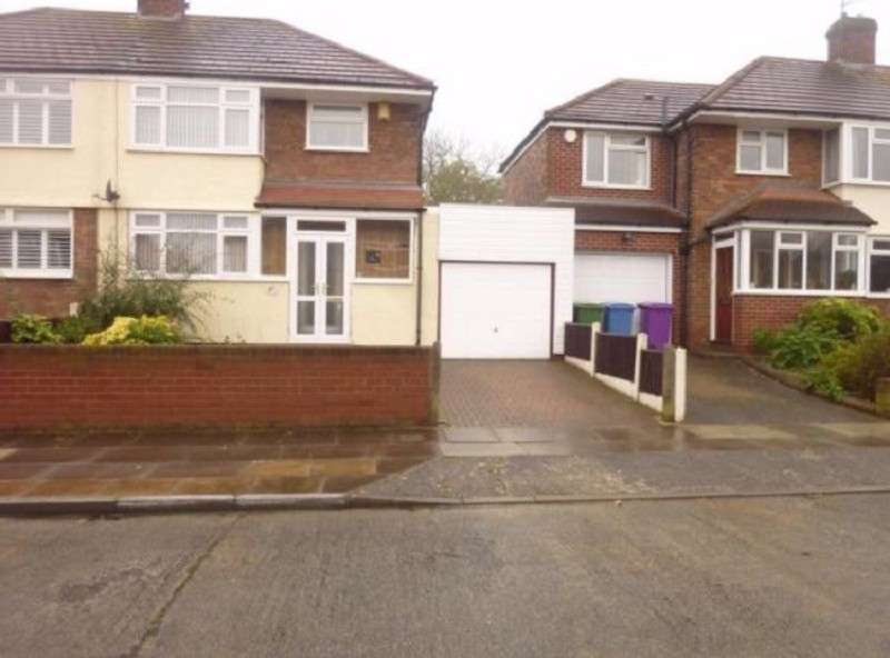 3 Bedrooms Semi Detached House for rent in Layton Road, Liverpool, Merseyside. L25 9NE