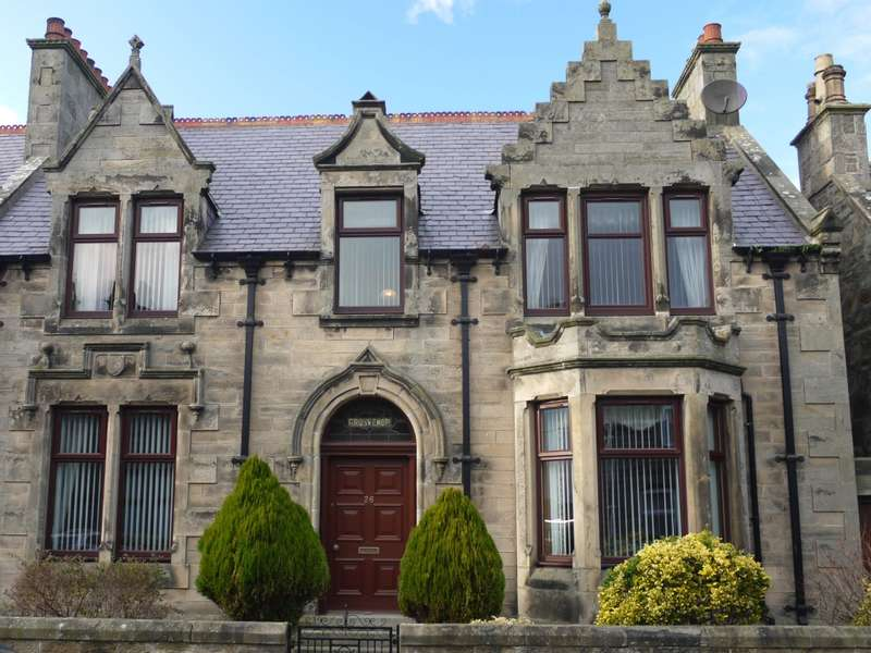 4 Bedrooms Town House for sale in Grosvenor 26 St Peters Road, Buckie, AB56 1DN