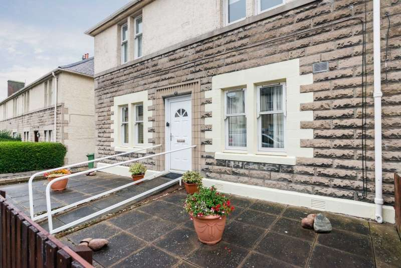 2 Bedrooms Flat for sale in Kilwinning Terrace, Musselburgh, EH21 7ED